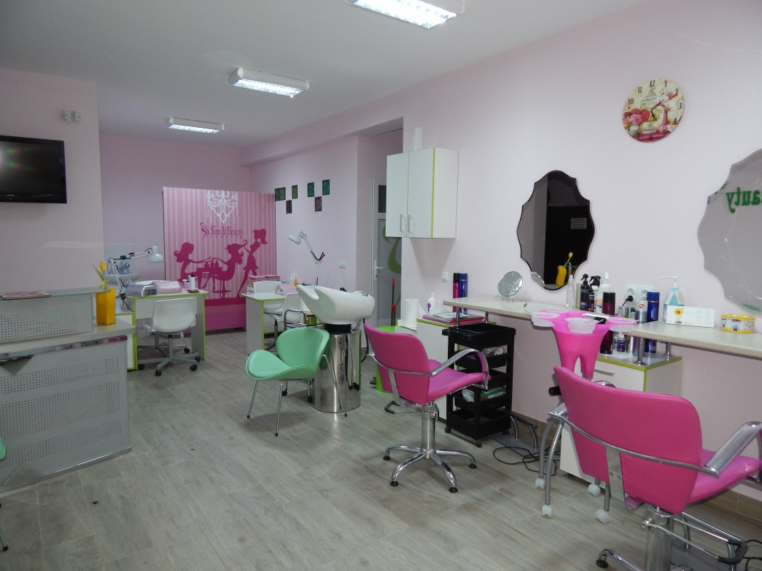 Salon Floresti